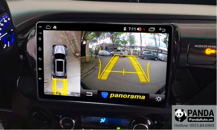 man-hinh-android-cho-xe-Toyota-Hilux-tich-hop-camera