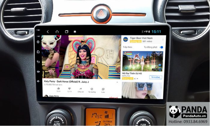 man-hinh-android-cho-xe-Kia-Carens-cho-phep-xem-youtube-nho-ket-noi-4g