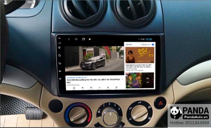 Xem-youtube-tren-man-hinh-Android-cho-xe-Chevrolet-Aveo