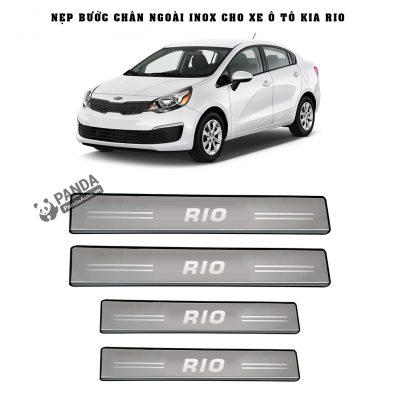 Nep-buoc-chan-ngoai-inox-cho-xe-oto-KIA-RIO-tai-panda-auto