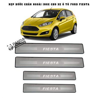 Nep-buoc-chan-ngoai-inox-cho-xe-oto-ford-fiesta-tai-panda-auto