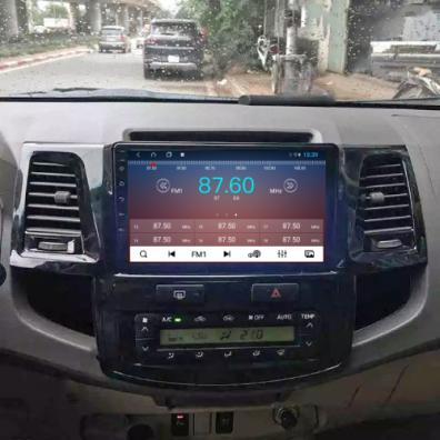 Màn hình android cho xe Fortuner
