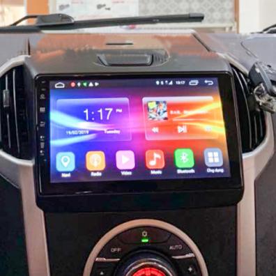 lap-dat-man-hinh-dvd-android-cho-xe-Isuzu-D-Max-tai-panda-auto